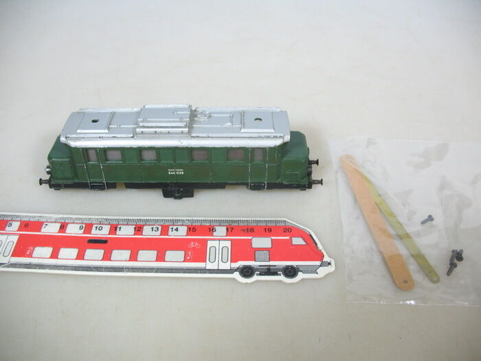 Q419-0, 5  Märklin H0 Metal Housing for Electric Locomotive E44 039, 3011 Good