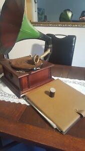 Grammophon Trichtergrammophon + Album + Schlackeplatten