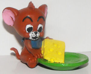 Jerry with Cheese Plastic Figurine Tom and Jerry Cartoon Vintage Figure TJ004