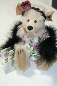 Knickerbocker-Mohair-MOUSE-named-Nora-Desmouse-Jointed-10-034