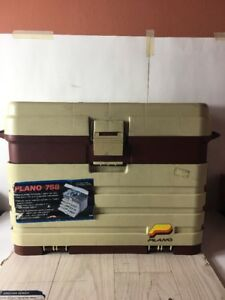 Large Plano 758 TACKLE BOX ~ USED