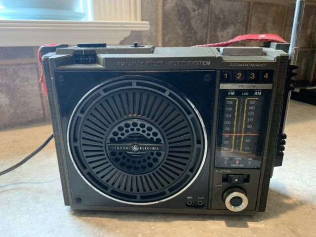 General Electric FM AM 8 Track Music System Model # 3-5507C Portable Works