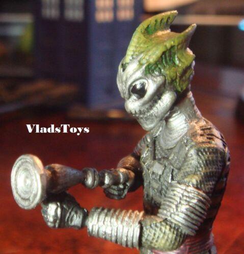 Eaglemoss UK Doctor Who Cold Blood The Silurian Warrior Figurine  w/Magazine #5