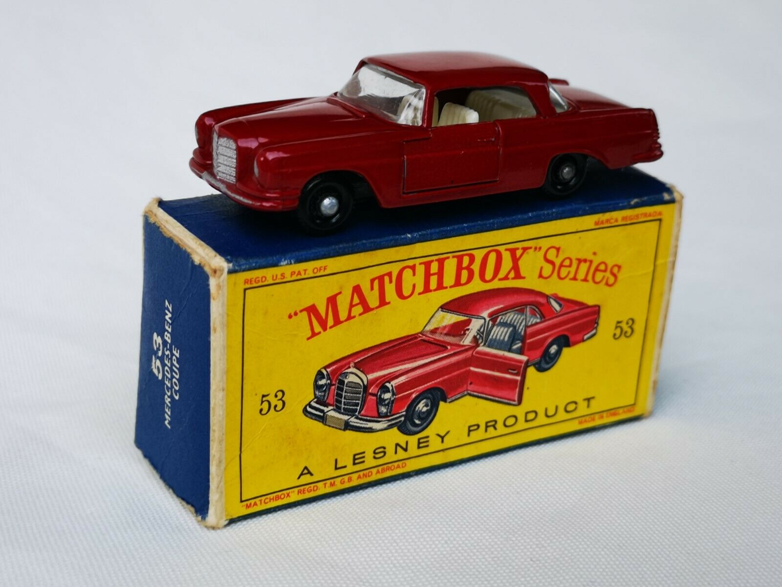 Matchbox Lesney Moko No. 53 Mercedes Benz 220 SE Coupe Boxed