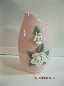 Japanese-Porcelain-UCAGCO-PINK-VASE-w-WHITE-ROSE-FLOWERS-Mid-Century-7-034