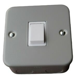 ALTO LIGHT SWITCHES SINGLE GANG 2 WAY X 10.BOXED.NEW.