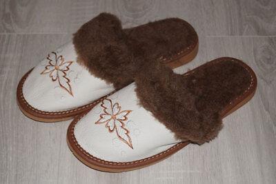 1 Paar Winter Hausschuhe - LEDER- Pantofeln,Taposchki,Schlepki----NEU Gr.39