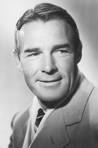 Randolph-Scott-photo-in-suit-11x17-Mini-Poster