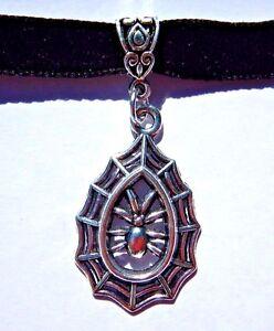 BLACK-VELVET-SILVER-SPIDER-WEB-TEARDROP-CHOKER-halloween-gothic-necklace-new-A4