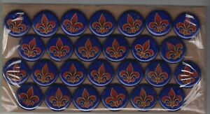 26 used but undented LABATT beer bottle crown caps red /& blue fleur de lys