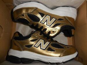 black and gold new balance 990
