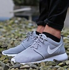 nike mens roshe one wolf grey