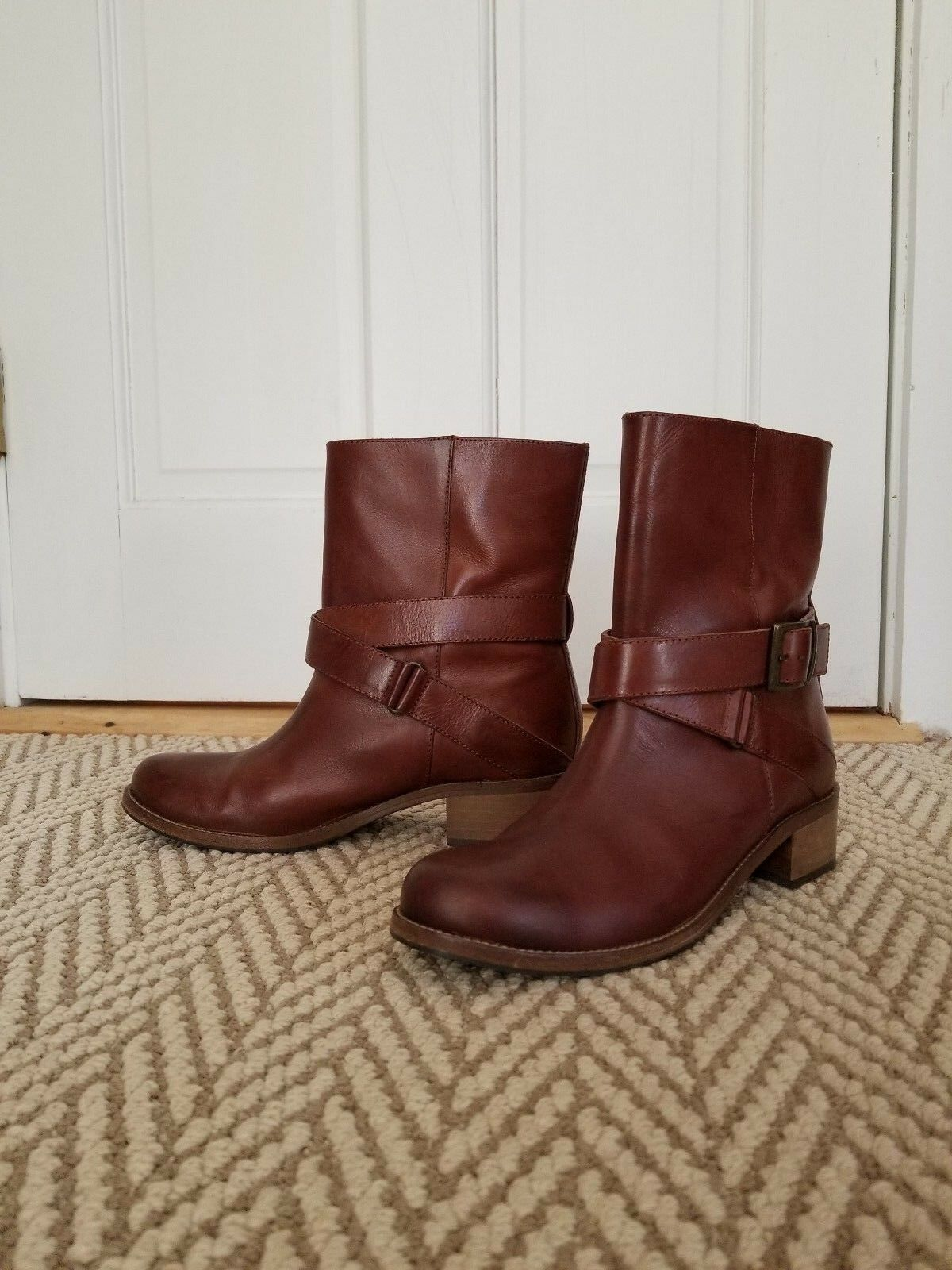 Saks Fifth Avenue Mid Calf Buckle Boot Bootie Size 38 Cognac  550 retail