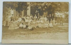RPPC-Early-School-Class-Picture-c1906-Real-Photo-Schoolyard-Postcard-K14