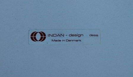 Anden arkitekt, Indan, Sidebord
