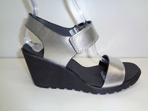 983a5535785a Ecco Size 9 to 9.5 FREJA Silver Metallic Leather Wedge Sandals New ...