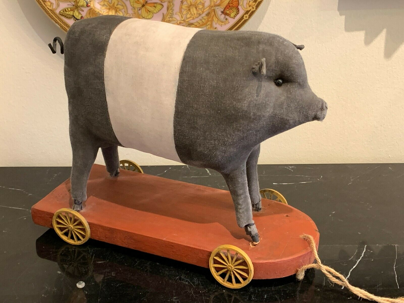 Antique Stuff Pig Pull Toy on on on Wooden Platform and Spoked Metal Wheels 29404d