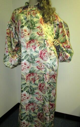 """PLUS SIZE SATIN! """"Special Cut"""" Yellow Floral """"1940"""