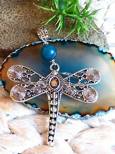 huebscher-grosser-Libelle-Kettenanhaenger-XL-mit-blauer-Saphir-Perle-Metall-Silber