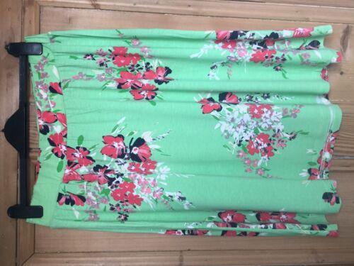 Brand New Women/'s Debenhams Maine New England Green Floral Skirt Size 12