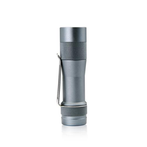 Lumintop FW3A 3-CREE XP-L HI DEL Lampe de Poche d/' acier Damas ou mokume gane