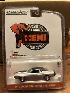 Greenlight 28000-B Dodge Challenger R//T HEMI silber-Anniversary Collection NEU!°