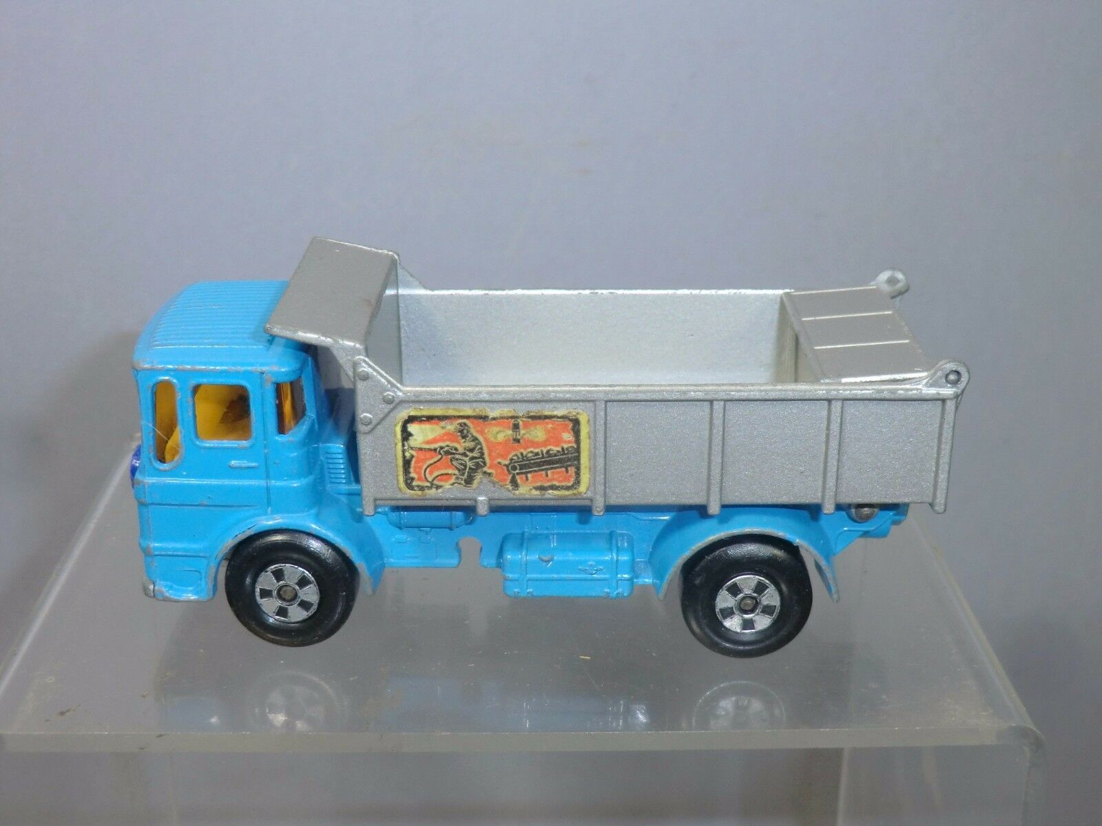Matchbox 'gran MX  Modelo no. BM-4 Leyland Volquete    sólo  rara versión de Color 1fbb5c