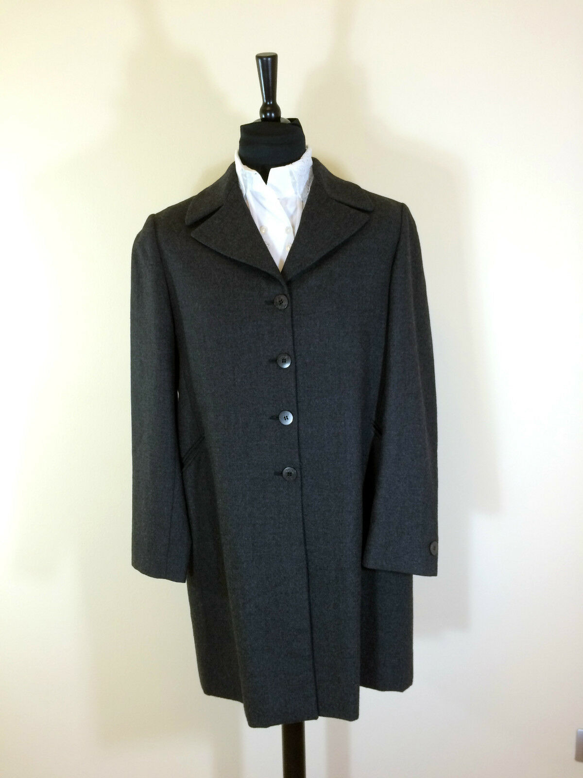 MAX MARA Luxurious High-End Women`s Suit Anthrazite  Size NEW
