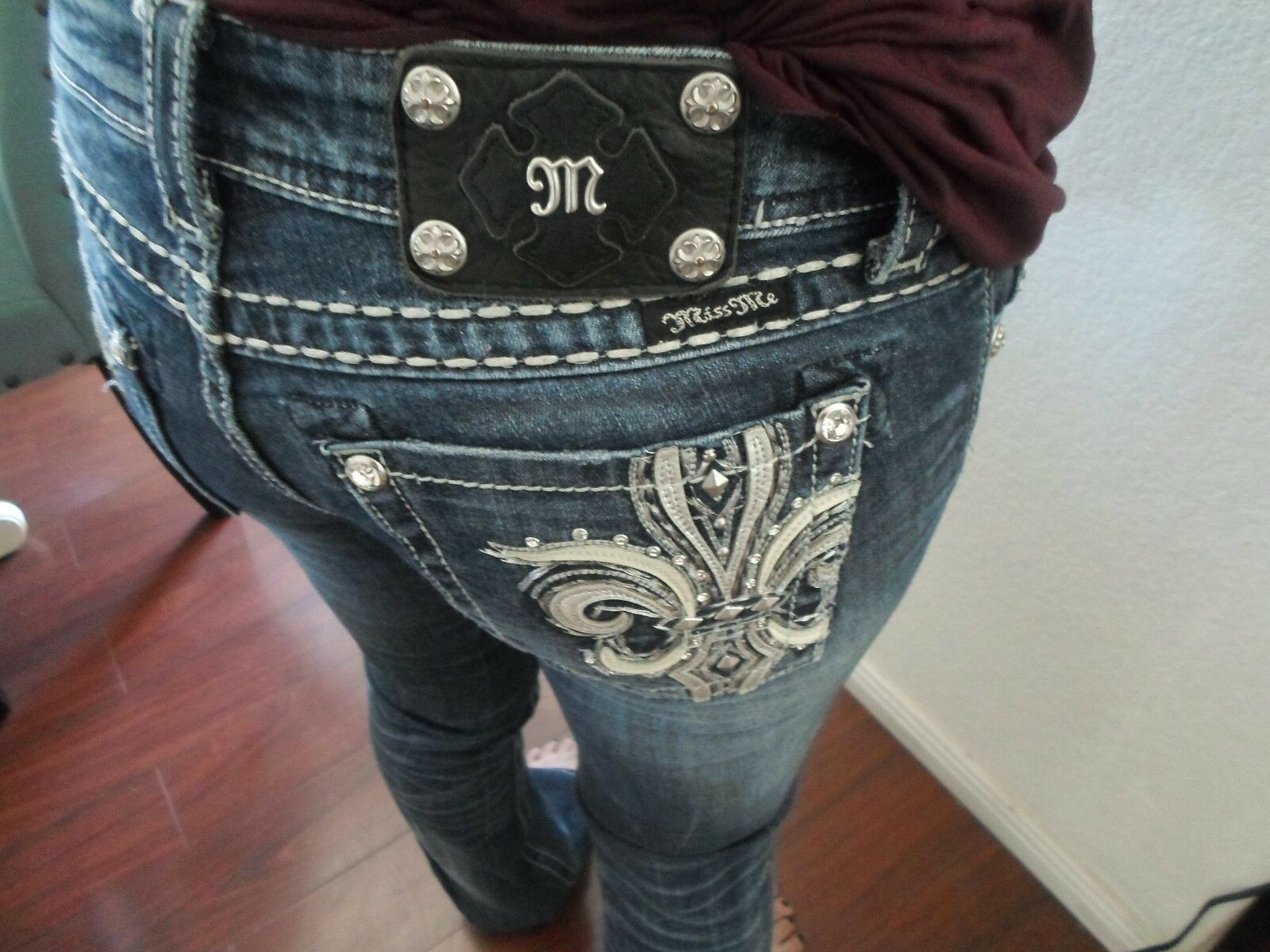 MISS ME WOMENS JEANS BOOT TAG  27 ACTUAL SIZE 27x32 DESIGNER