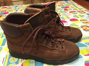 Vintage Danner Goretex Distressed Usa Engineer Leather