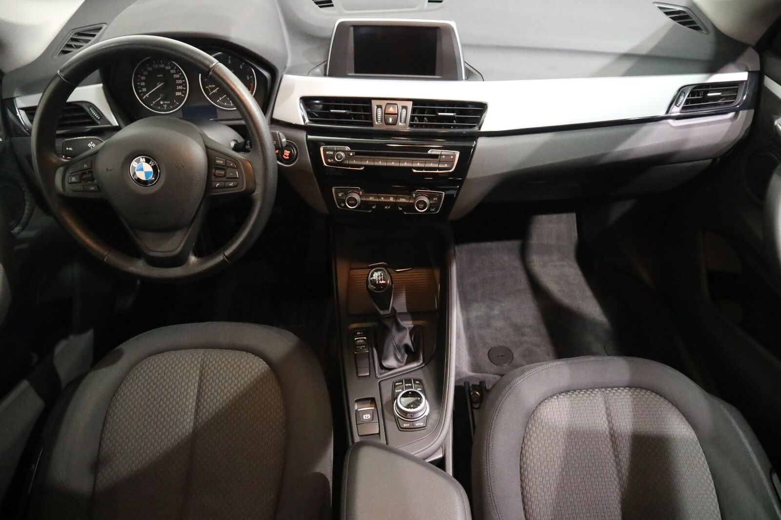 BMW X1 2,0 sDrive18d - billede 13