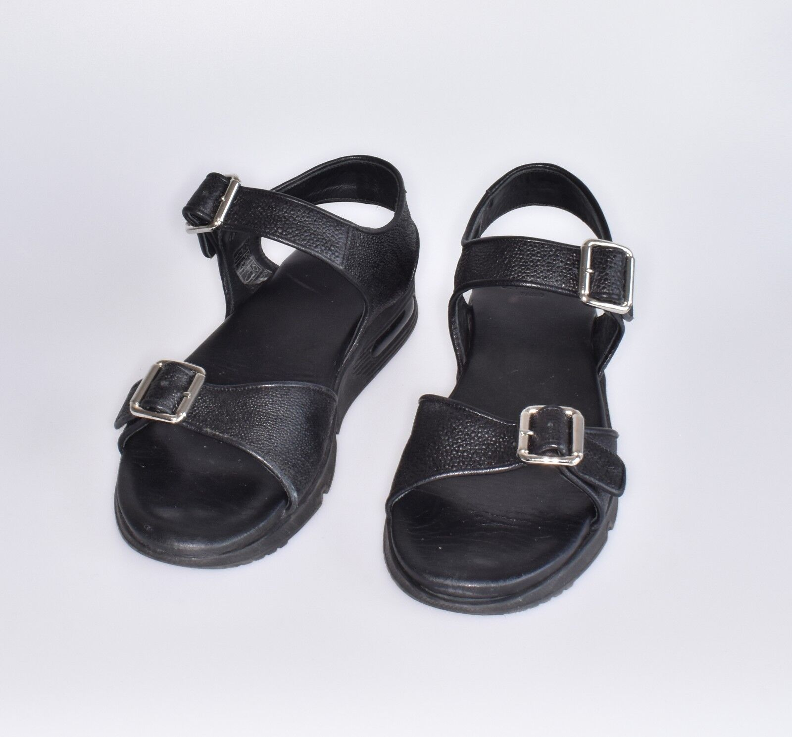GIVENCHY black leather sandals UNISEX size 40 very comfy barley worn schuhe sand