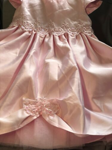 Details about  /Baby Girls Satin Party Dress Pink Lilac White Christening Satin Bonnet 6-36 Mths