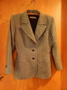 74a2904f954 VINTAGE YVES SAINT LAURENT HOUNDSTOOTH size 42 WOOL JACKET made in ...