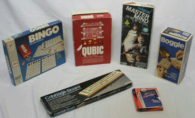VINTAGE MASTER MIND BOGGLE QUBIC BINGO CRIBBAGE UNO RAGE GAME LOT