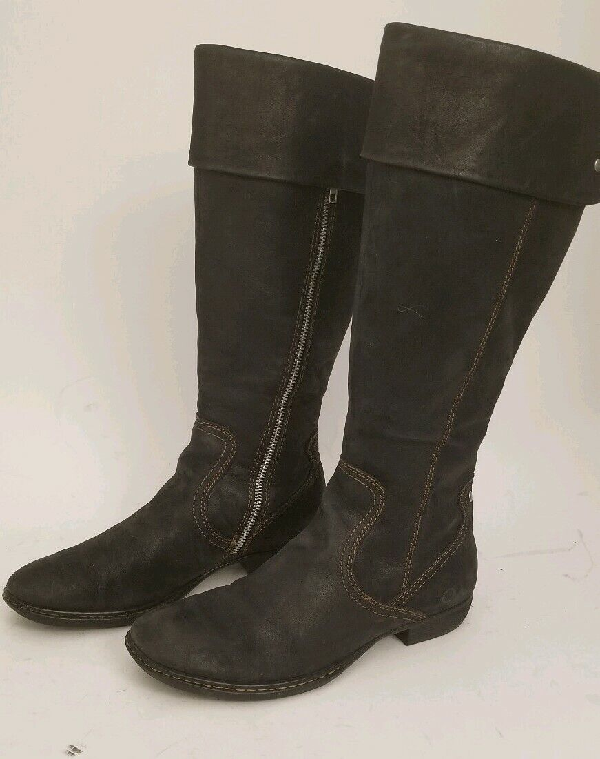 Womens born leather  Knee High riding boot size 8.5