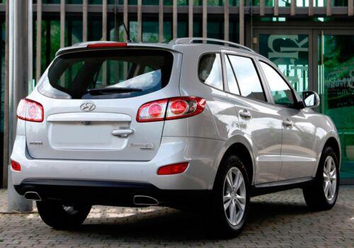 PREMIUM Gummi-Kofferraumwanne Antirutsch für Hyundai Santa Fe II 5 Sitzer 06-13