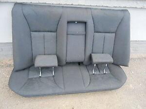 Sitz-Ruecksitzbank-komplett-Mercedes-Benz-W210-E-Klasse-Limousine-Bj-1995-1999