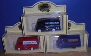 Lledo Days Gone Morris Z Van with Lion decals