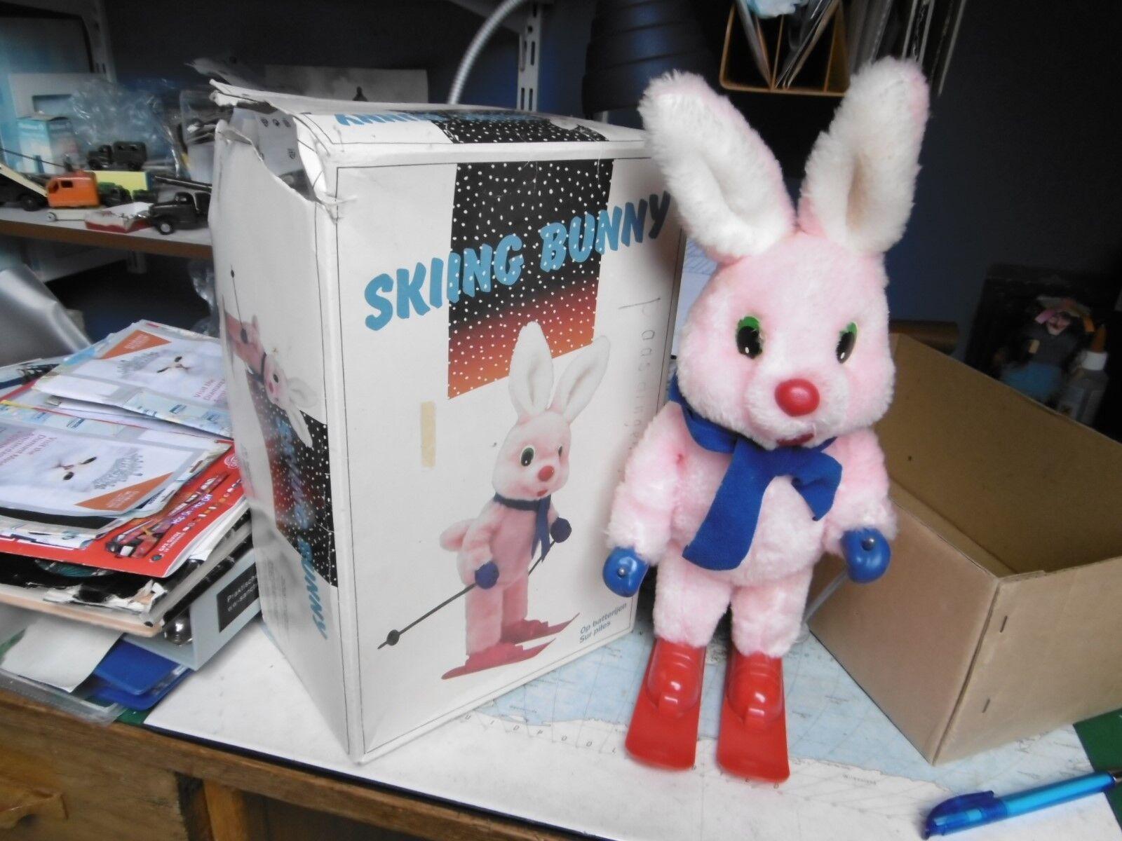 Skiing Bunny op batterijen. Joinina Brand Toys van de jaren 80. Made in Korea -