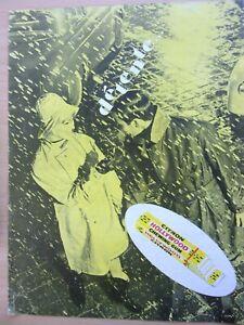 page-de-publicite-CHEWING-GUM-HOLLYWOOD-CITRON-en-1963-ref-65787