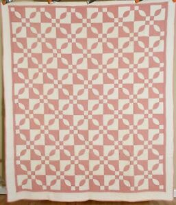 """EYE CATCHING Vintage 30's """"Endless Chain"""" Antique Quilt ~Great Design!"""
