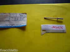 Rivetto terminale strisce pedana kit 2pz PIAGGIO Vespa PX tutte 182302 Originale