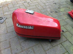 Benzintank-Fuel-Benzinetank-Gas-Tank-Kawasaki-Z500-Z-500