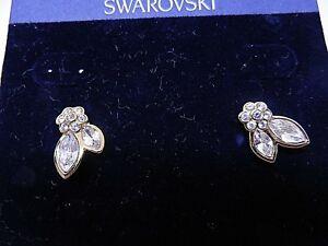 Signed-Swarovski-Earrings-Crystal-Flower-Clip-On-Gold-Plate-1511008-NEW