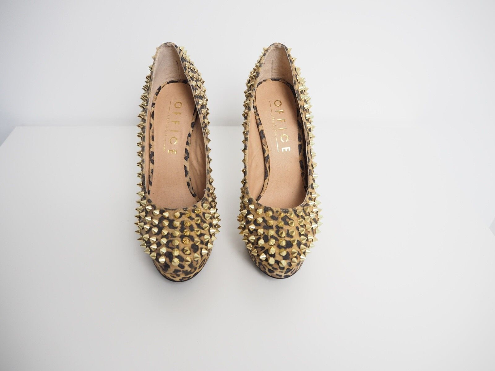 Office Leopard Print Gold Stud Heels 100% Leder UK 6 Damenschuhe NEU