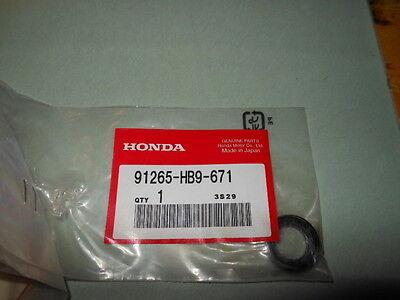 Honda TRX250R TRX250X TRX 300 400 450 Front//Rear Arm Dust Seal NOS 91265-HB9-671