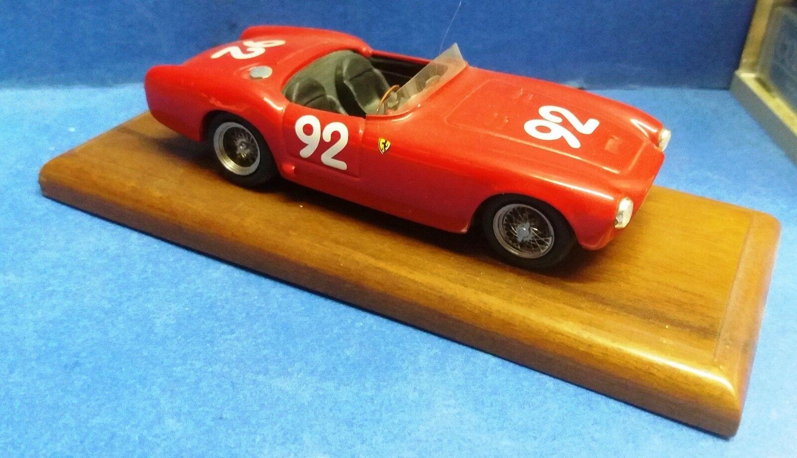 52462 Modellismo 1/43 in resina - Ferrari 225 S Spyder Vignale