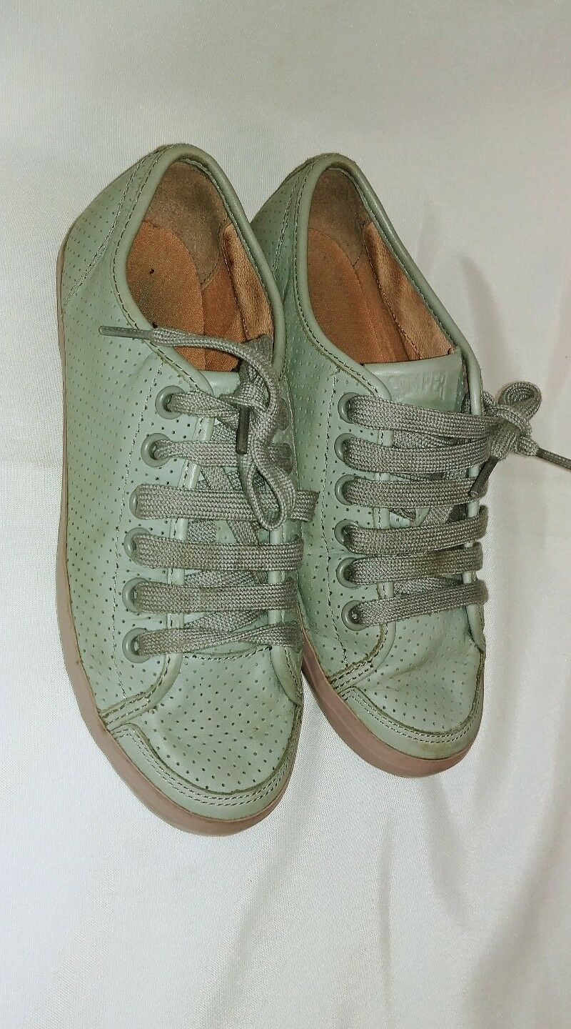 CAMPER Motel green leather perforated sneakers shoes sz 7.5
