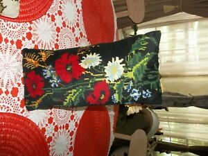 Vintage-needlepoint-pillow-Black-floral-GUC-cond-meas-14-034-x7